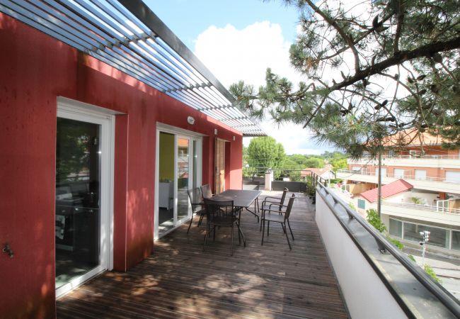 Appartement à Andernos-les-Bains -  Appartement T2 avec grande terrasse