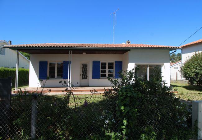 Maison à Andernos-les-Bains - Villa rénovée 8 personnes all inclusive proche de la plage