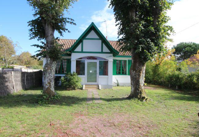 Maison à Andernos-les-Bains - Maison 2 chambres à proximité de la plage