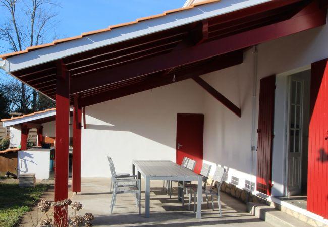 à Andernos-les-Bains - Grande villa bassin d'Arcachon, spacieuse et lumineuse 10 personnes