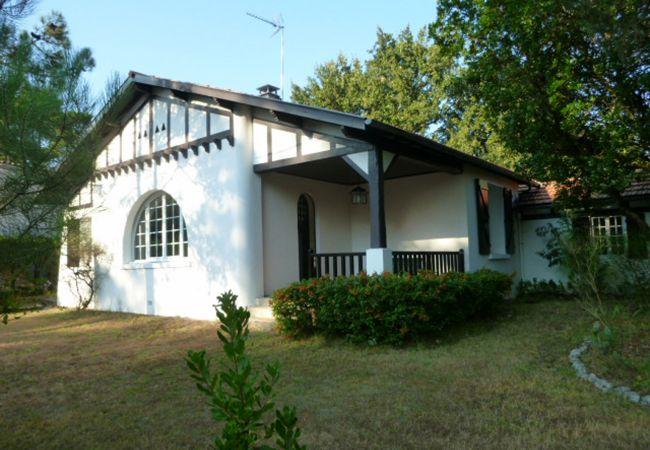 Maison à Andernos-les-Bains - Villa 4 chambres Basin d'Arcahon proche de la plage du Betey