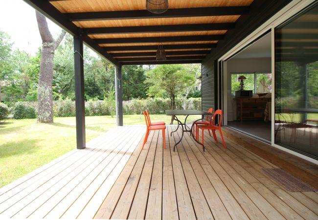 Maison à Arès - Agréable villa 6 personnes à deux pas de la plage